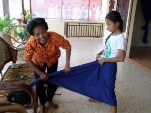 Comment mettre le costume de danse Apsara