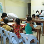 Les plus jeunes en cours de khmer