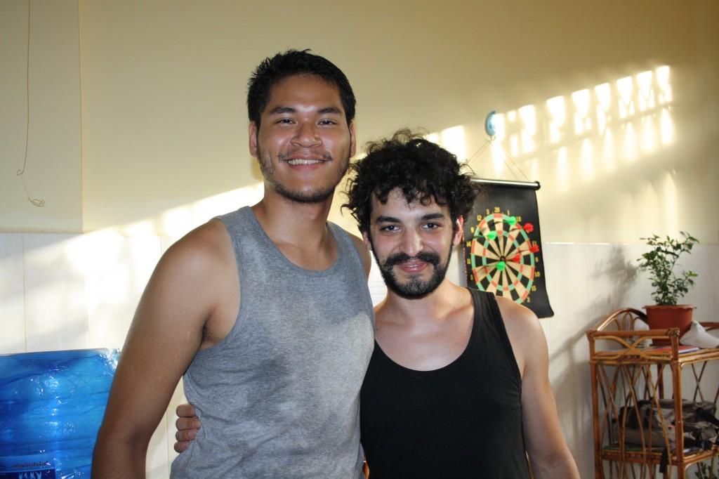 Rémy et Riccardo, volontaires à l'Espace EB